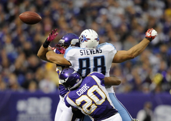 Titans Buried by Vikings 30-7 to Drop to 1-4